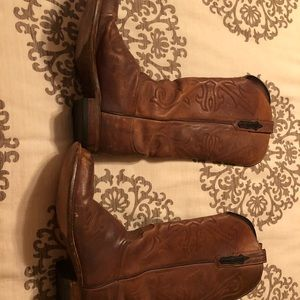 Luchesse Distressed Brown Cowboy Boots